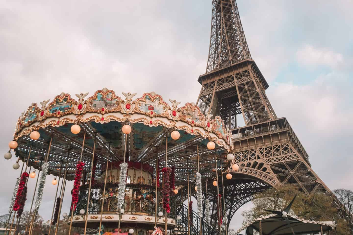 capturing the Trocadero carousel with Eiffel Tower view