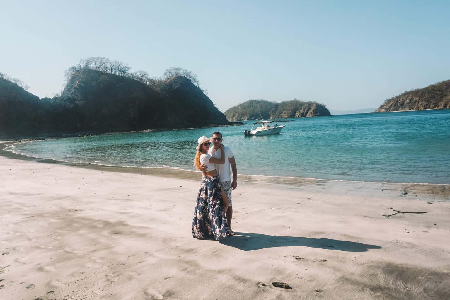 couple in hidden beach in Guanacaste costa rica